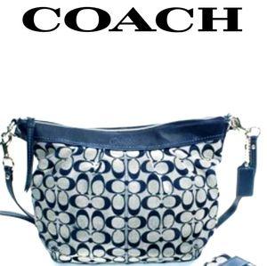 COACH SIGNATURE C SHOULDER BAG